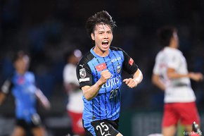Table leaders Kawasaki Frontale obliterate Sanfrecce Hiroshima. Cerezo Osaka comeback means a fifth consecutive victory!
