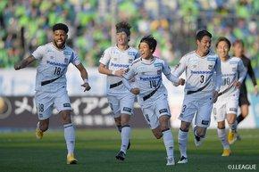 Patric header retains Gamba Osaka on the ladder, while neighbours, Cerezo Osaka extend their winning streak