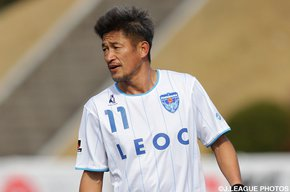 King Kazu extends record as oldest player in J.League