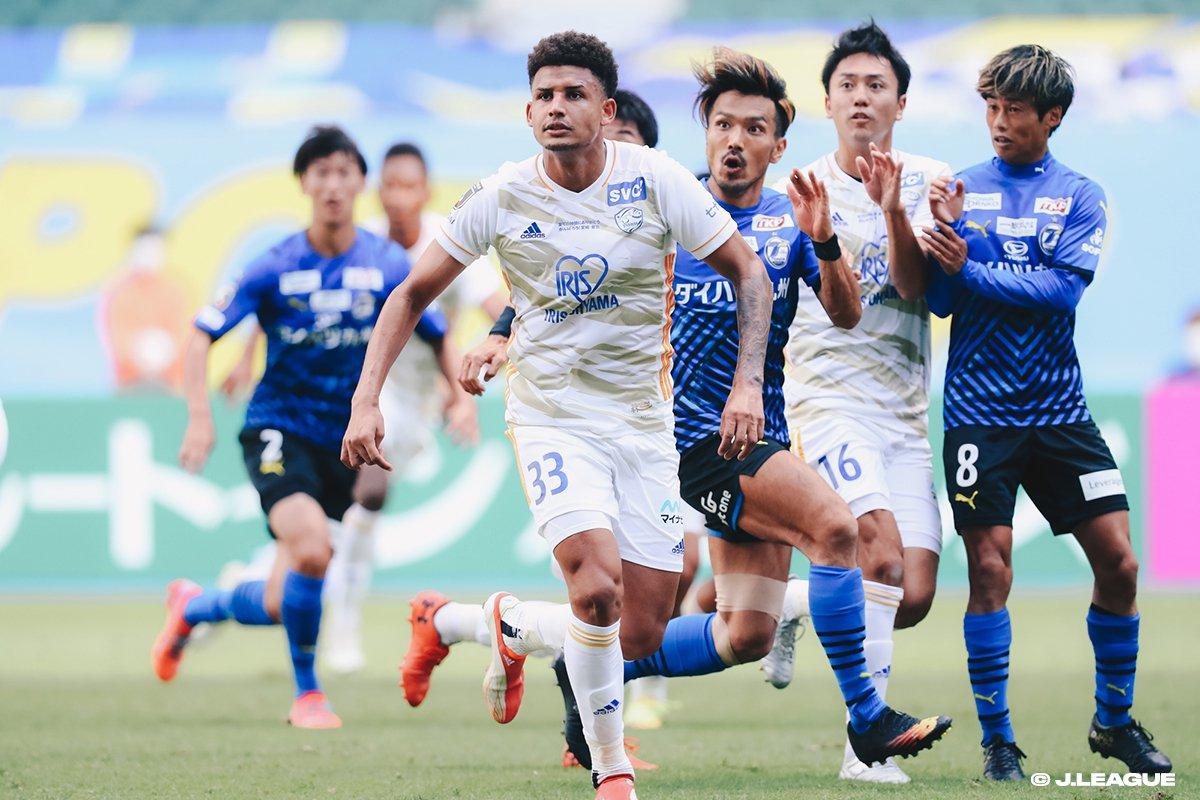 [MEIJI YASUDA J1 League 32th Oita Trinita vs. Vegalta Sendai].jpg