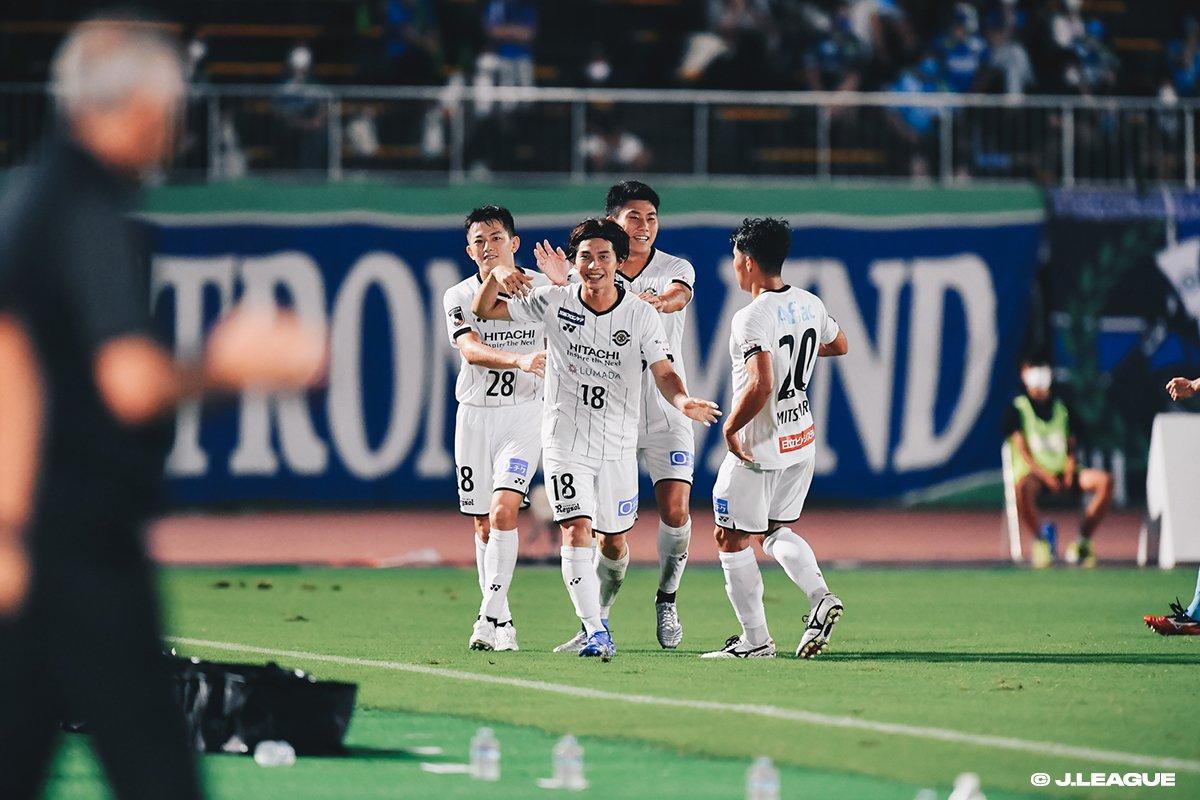 Tokushima Vortis 0-1 Kashiwa Reysol.jpg